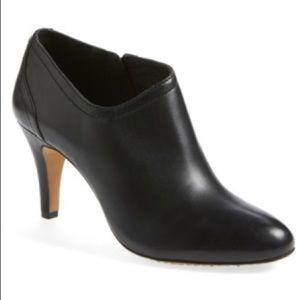 Vince Camuto Shoes - Vince Camuto Vala Bootie